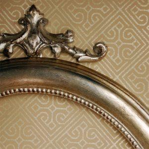Oval Frame Detail