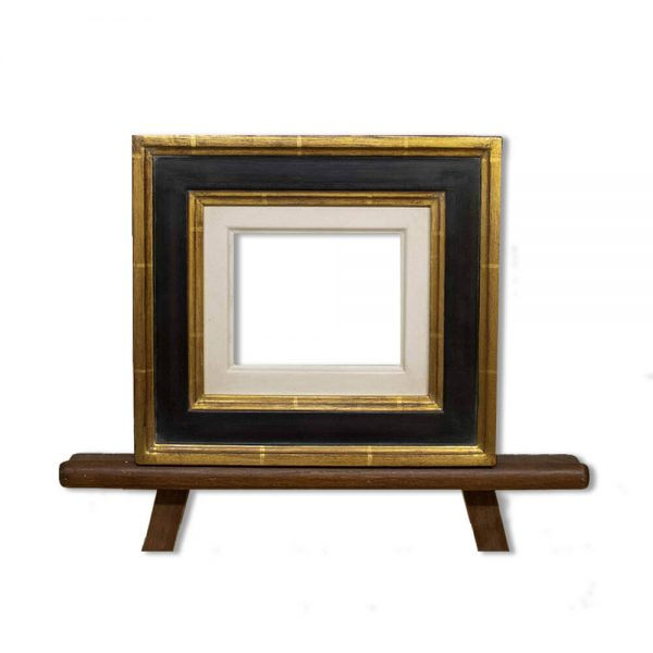Frame PW18/12 in finish 21 with gesso slip